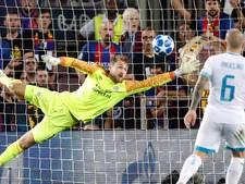 LIVE | Messi zorgt met drie treffers voor ruime zege Barcelona op PSV