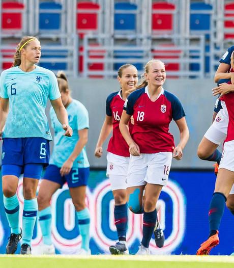 Leeuwinnen na verlies in Noorwegen veroordeeld tot play-offs